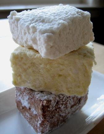 Tuesdays with Dorie: Homemade Marshmallow (Banana split)