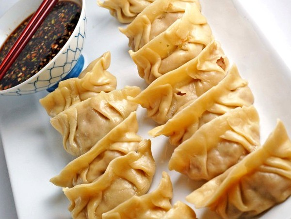 Daring Cooks: Chinese Dumplings Potstickers
