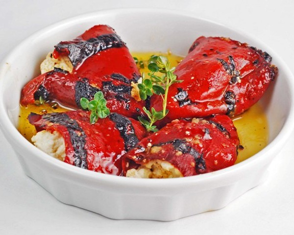 piquillo-peppers-with-goat-cheese-07091