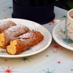 Daring Bakers:  Pumpkin Cannoli