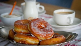 Daring Bakers Donuts 1010