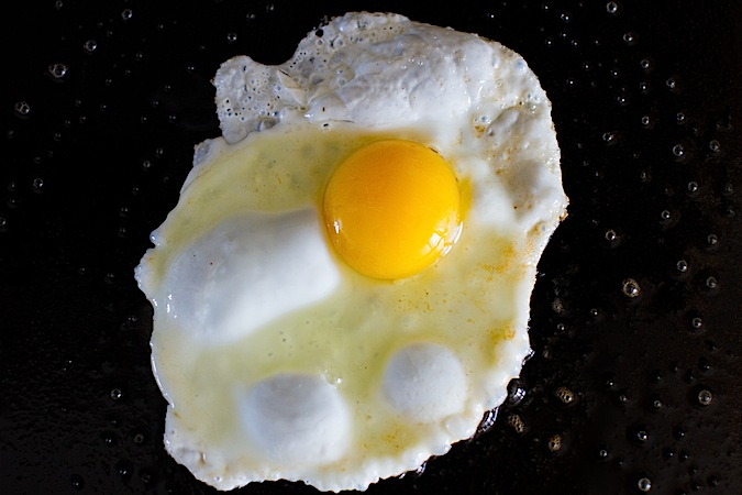 THE PERFECT FRIED EGG