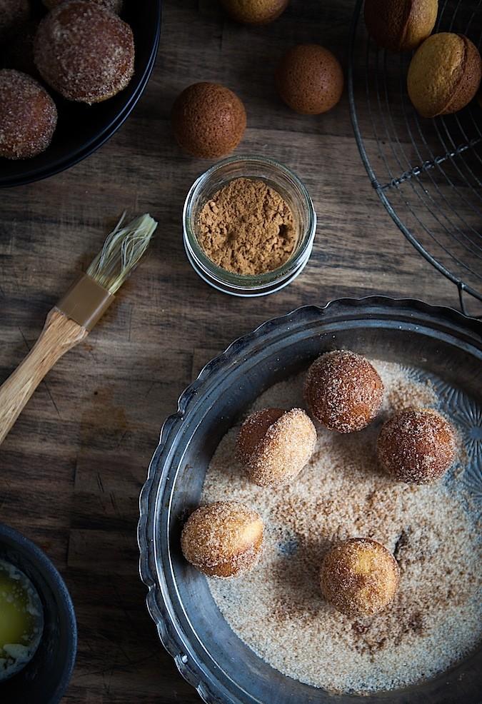 Baked Doughnut Holes | Chez Us