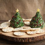 Christmas Tree Cheese Ball