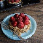 Vegan Hazelnut Strawberry Tarts