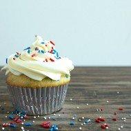 Patriotic Vanilla Confetti Cupcakes | Chez Us
