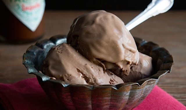Tabasco Smoked Chipotle Dark Chocolate Ice Cream | Chez Us