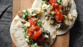 Mushroom- Spinach Breakfast Tacos with Salsa Fresca