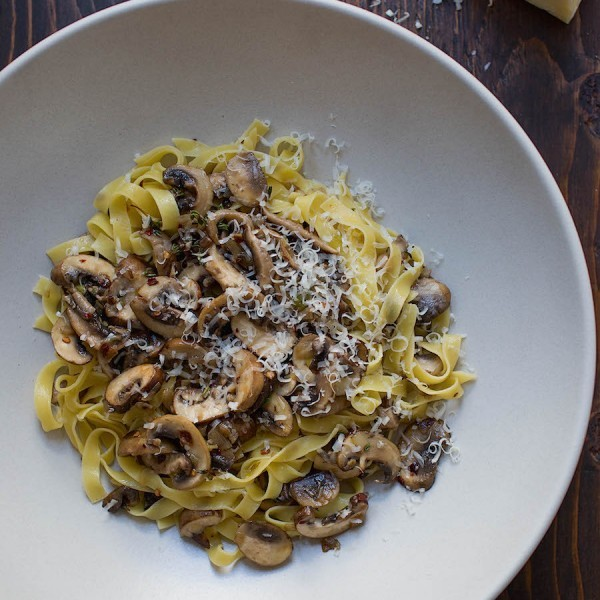 Tagliatelle Pasta with a Light Mushroom Sauce