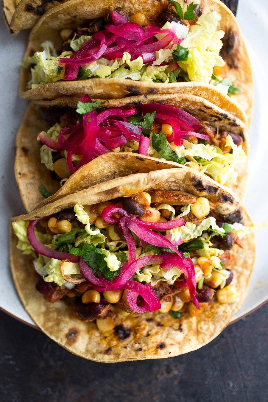 Slow Cooker Chicken Bean Tacos - Chez Us